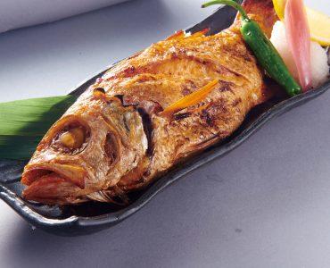 炉匠炉端烧的赤鯥鱼